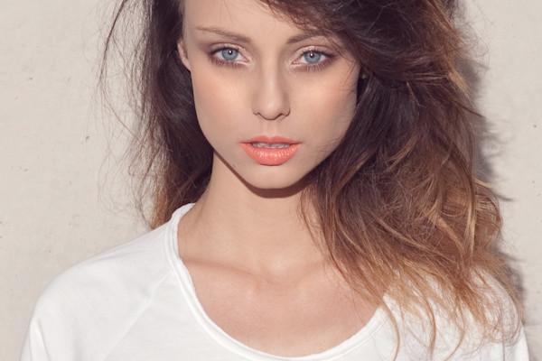 Hatlappa Pukielnia Malarnia Hair Makeup Fryzjer Makijaż